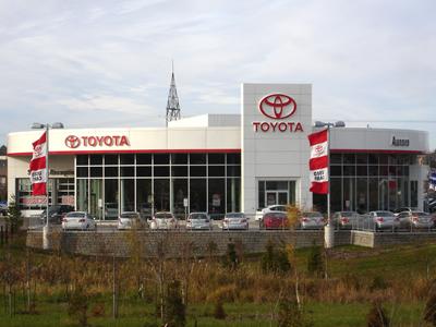 auto_Aurora-Toyota_01